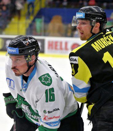 Hokejisti Detvy a Nových Zámkov