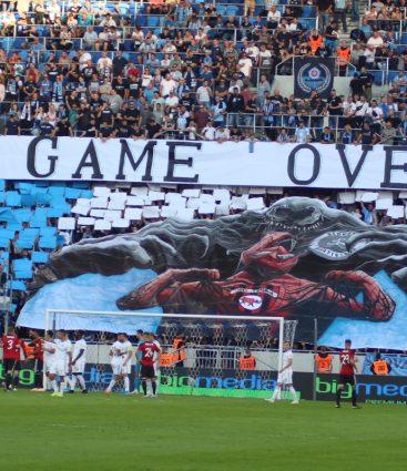 Slovan Spartak fanúšikovia