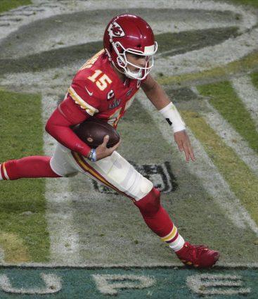 Matrick Mahomes Super Bowl
