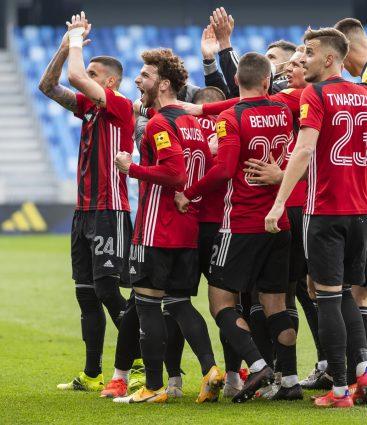 Spartak Trnava pri výhre nad Slovanom Bratislava v derby v apríli 2021