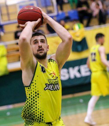 Jakuba Merešša basketbal