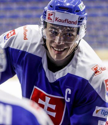 Marek Ďaloga obranca reprezentácie Slovenska v hokeji