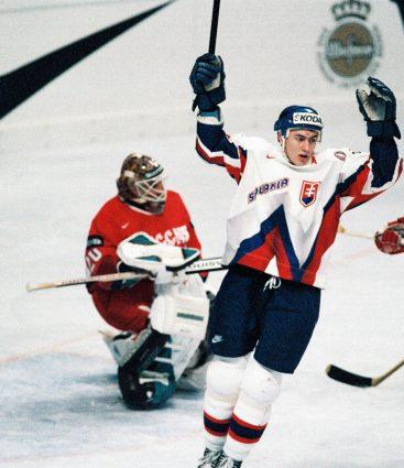 Slovensko na prvých MS v hokeji v 1996