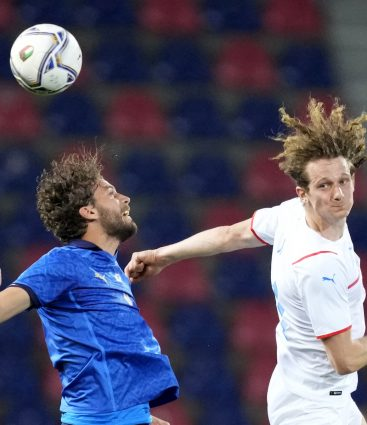 Alex Král počas zápasu na turnaji EURO 2020