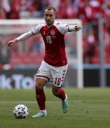 Christian Eriksen počas EURO 2020